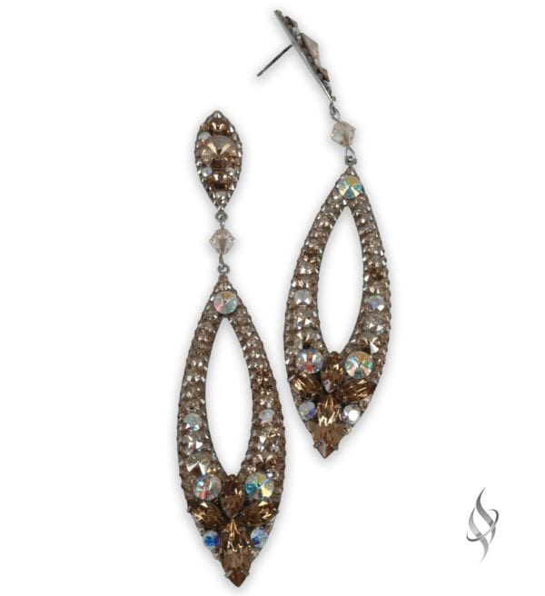 Megan Chunky crystal cluster earrings in Nude from Stefanie Somers